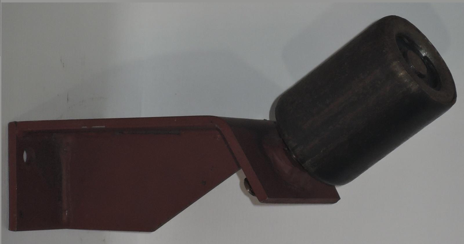 дефлекторный ролик на конвейер